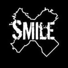 logo smile  box fitness.jpg