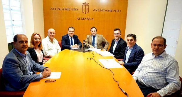 Imagen de la presentación de ZINCAMAN en Almansa por ADECA
